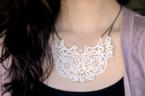 DIY-Doily-Necklace-Tutorial-13