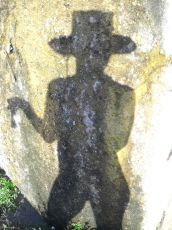 montague_shadows01_12