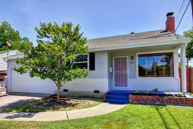 Selling a Home to the Neighbor Next Door in Del Paso Manor