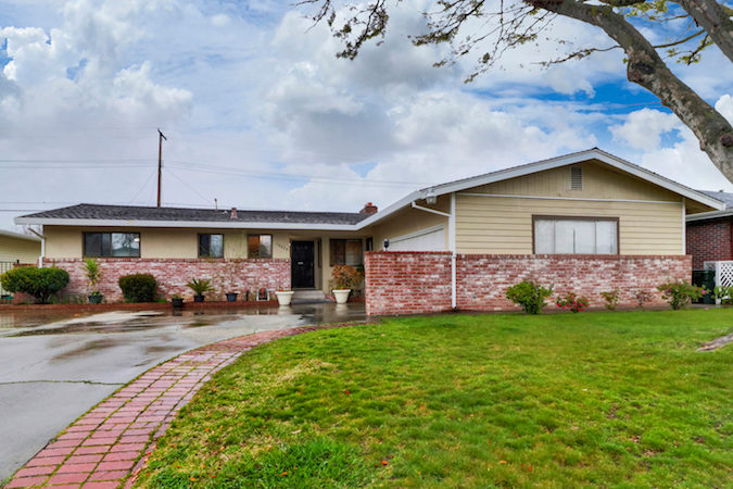 mid-century home in rancho cordova