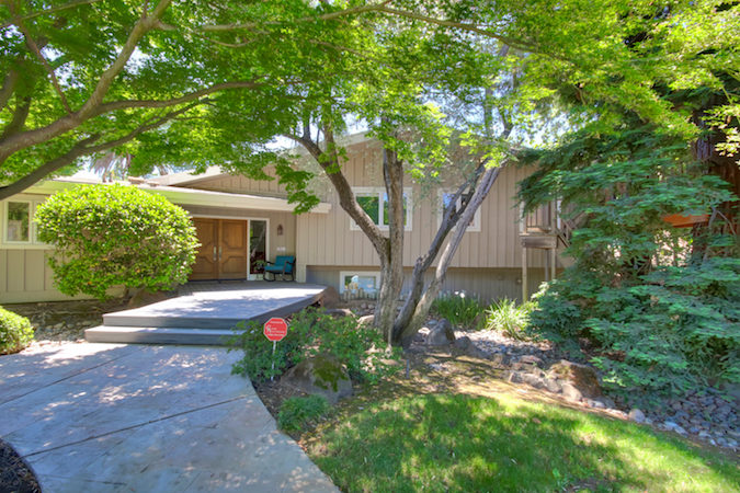 Tri-Level Carmichael Pool Home in Del Dayo Now Pending