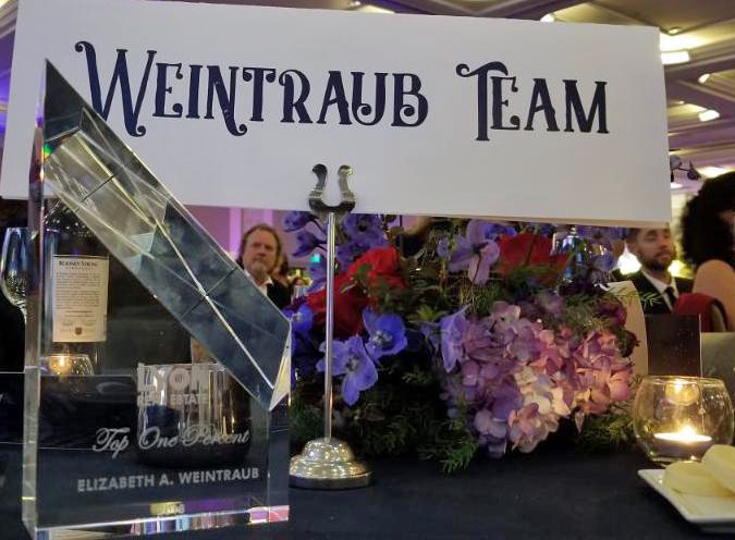 Elizabeth Weintraub Top 1% Agent for 2018