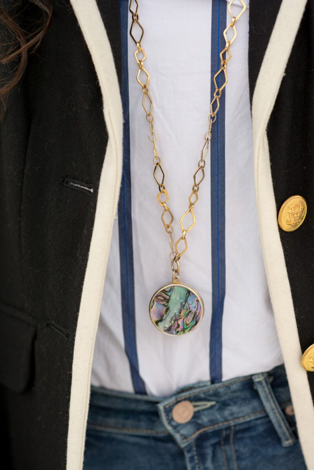 Belliza Knight Necklace | thevillagevogue.com