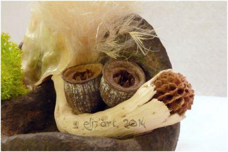 Composition végétale en Stone Art et Powertex, bois, graines, coquillages et plantes séchées
