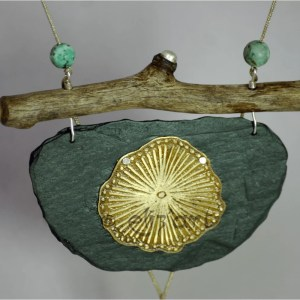 Energetic pendant made in african turquoises, etched brass, wood and slate, by Eliz'art