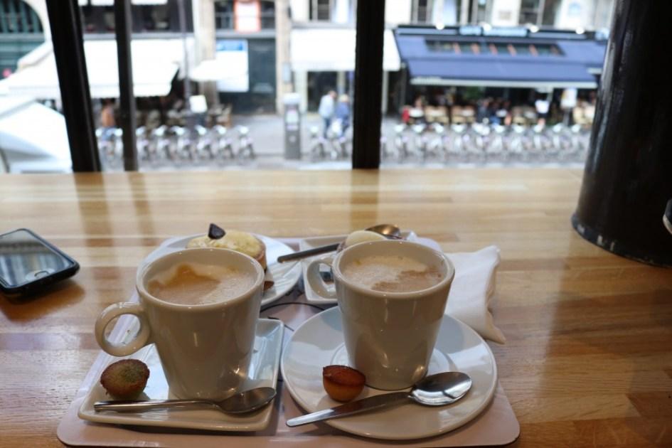 woonwinkelen in parijs koffie