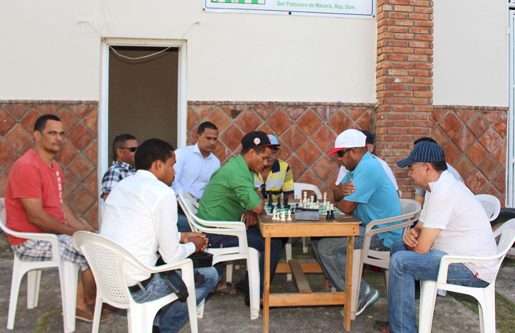 La Asociación de Ajedrez de la Provincia Duarte, tiene sus oficinas en el complejo en la que mantiene activa la práctica y enseñanza de este deporte.
