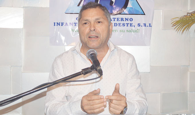 Dr. Angel Almánzar.