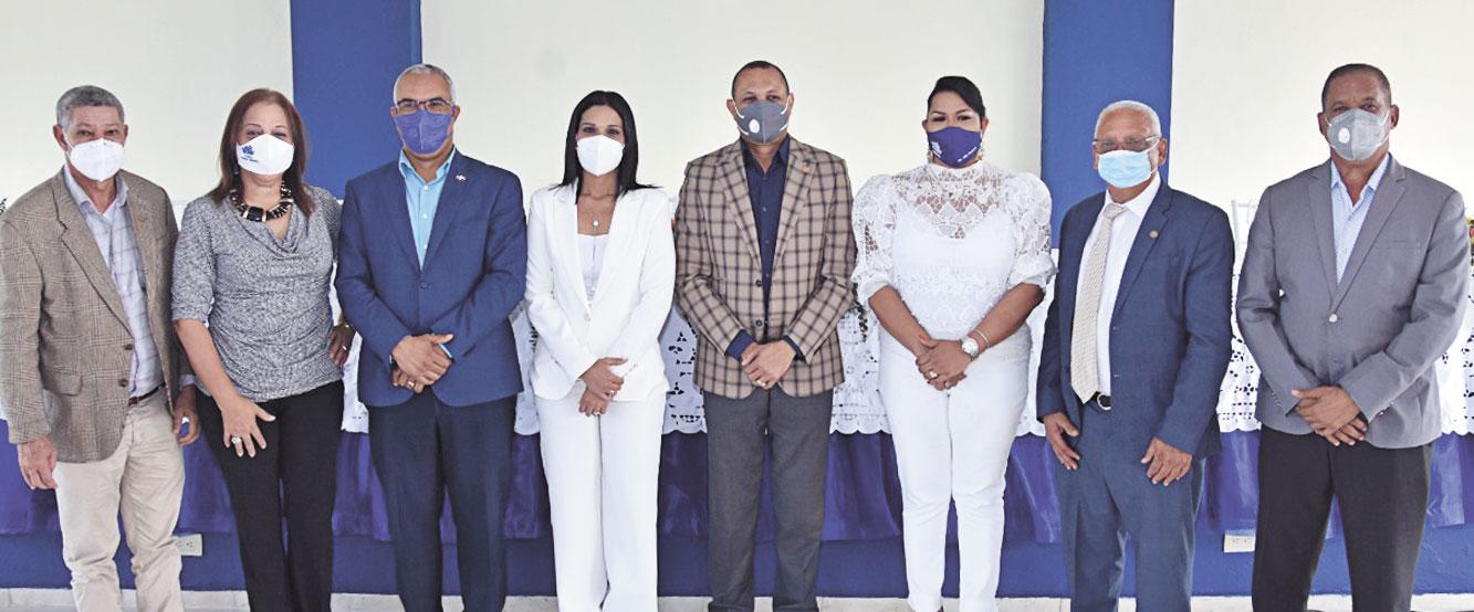 El acto protocolar se realizó bajo las medidas preventivas, impuestas por la actual situación sanitaria. Fotos SFMacoris.com/Silvio Rosario.