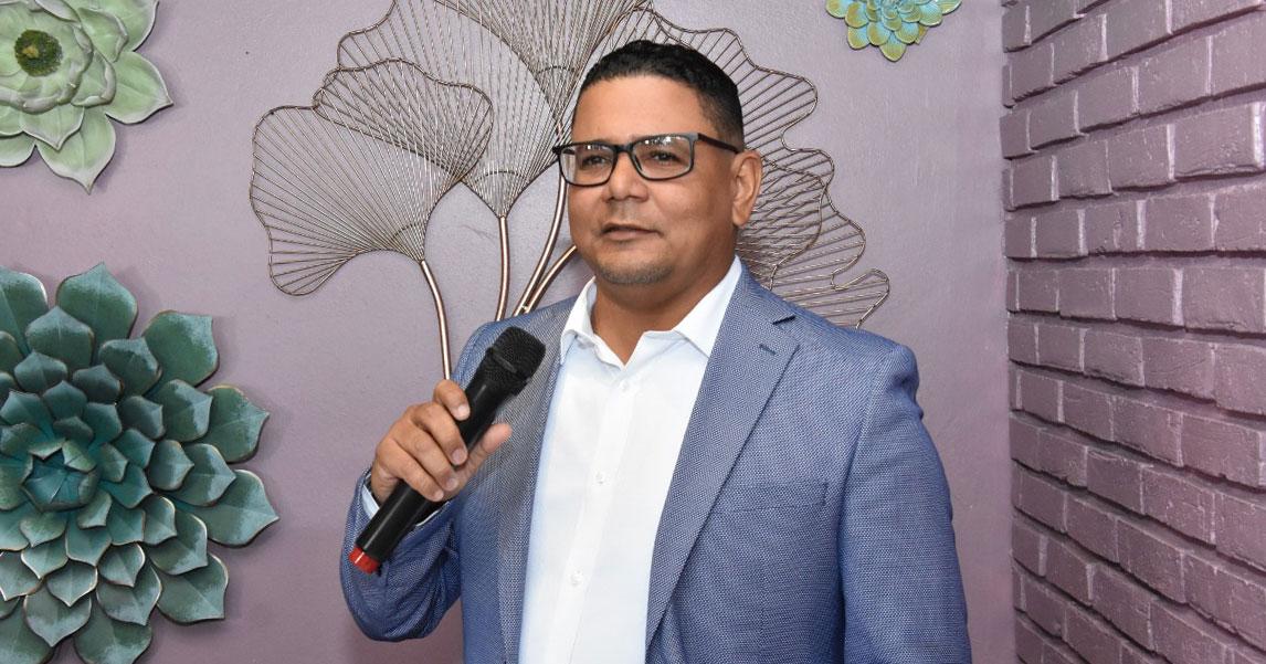 Ivanov Collado se juramenta como presidente de ACOPRODU