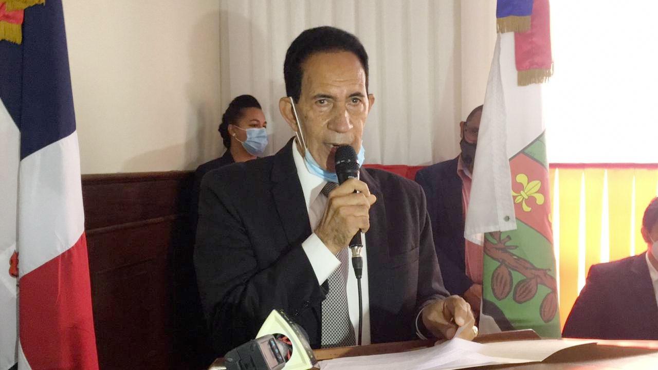doctor Rafael Antigua Mendoza, director del Hospital Docente regional San Vicente de Paúl