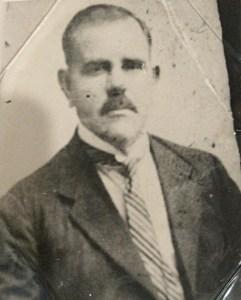 Luis Felipe Fernandez Franco. Diputado de la provincia Duarte a finales de la década de 1920.