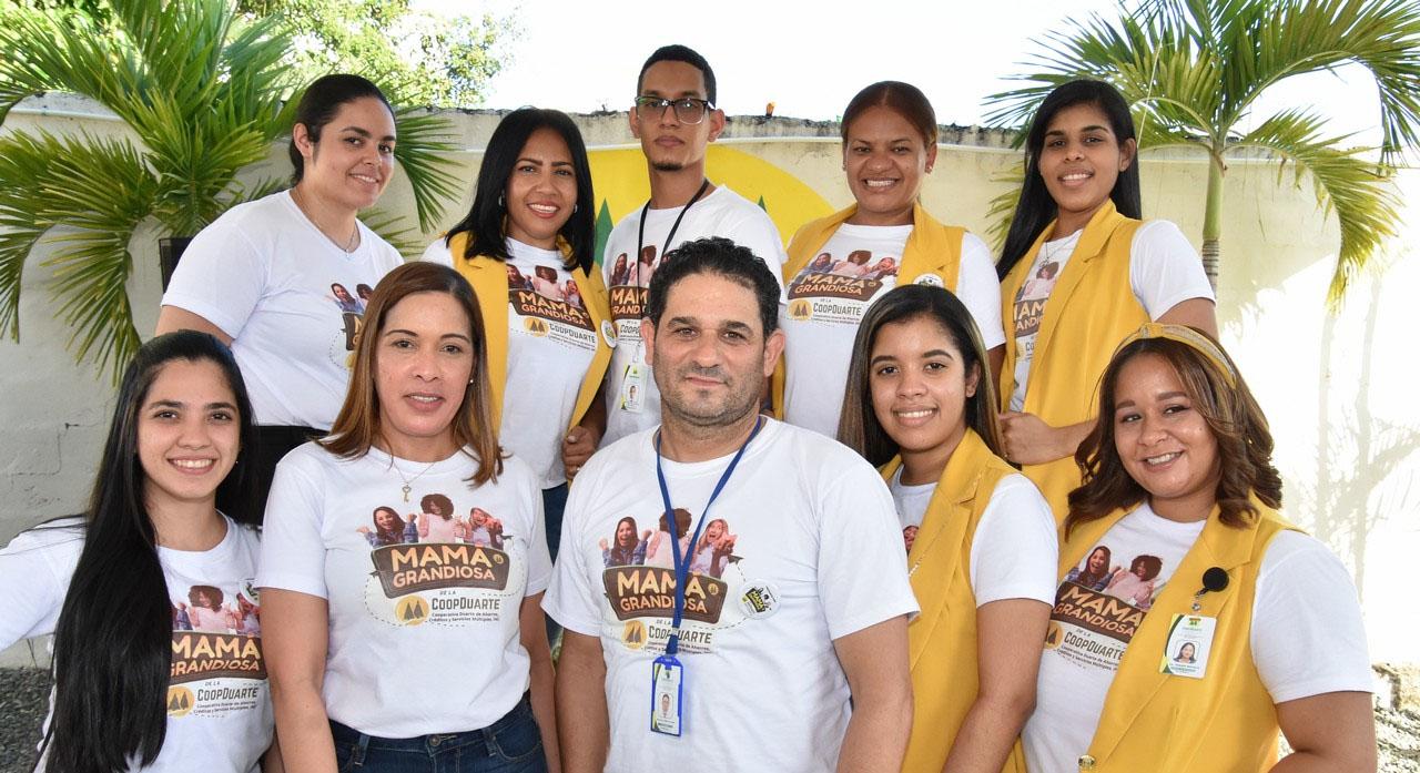 Personal de Cooperativa Duarte de Ahorros, Créditos y Servicios Múltiples.