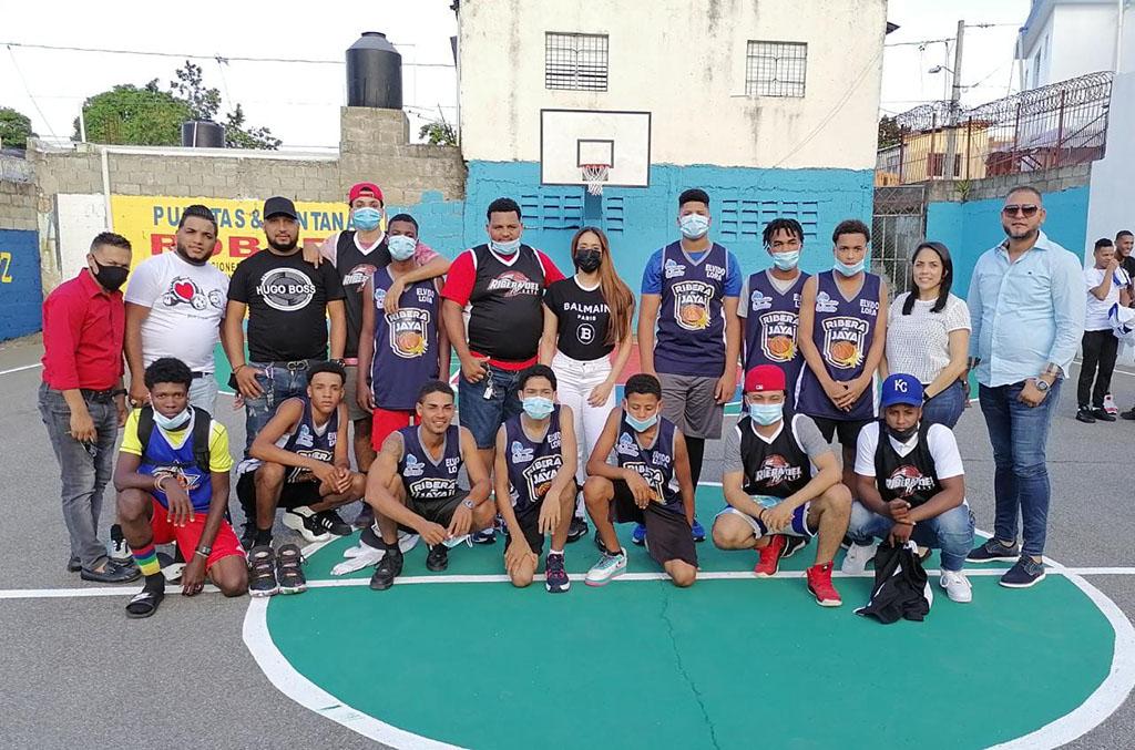 Equipo Azul patrocinados por Periódico EL JAYA, del segundo torneo de verano Profesor Élvido Lora.