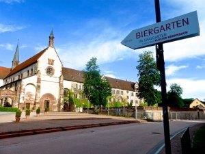 Biergarten Kloster Bronnbach 2016-06-16 Foto Elke Backert