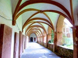 Kreuzgang Kloster Bronnbach 2016-06-16 Foto Elke Backert
