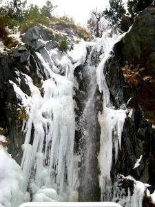 benasque-eiswasserfall-1