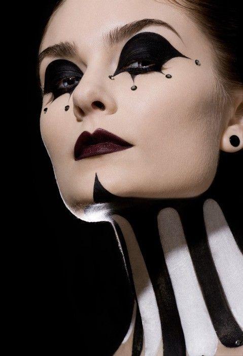 Beautiful Halloween Makeup Ideas 20