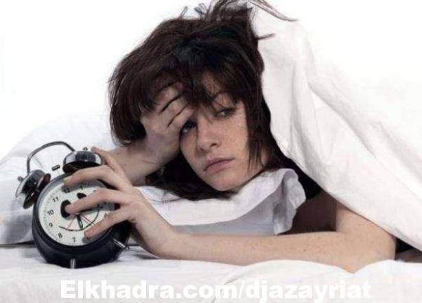 دراسة تكشف سبب نوم البعض ساعات أقل في أماكن غير مألوفة!