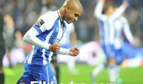 Vidéo: Le but de Yacine Brahimi contre  vs Setúbal 3-5-2015 14