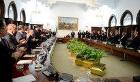 Le Président Bouteflika signe la Loi de finances 2019 24
