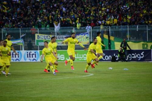 الدوري الجزائري : اشتداد التنافس على الصدارة 24