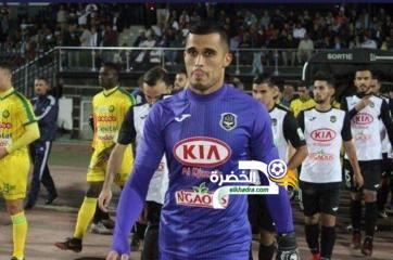 الحارس الجزائري مصطفى زغبة في الوحدة السعودي 24