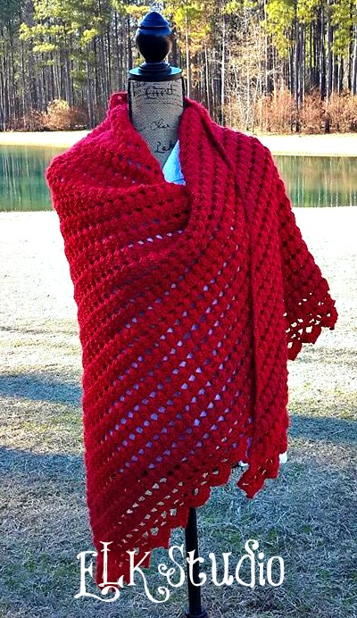 Wrapped in Love by ELK Studio #crochetpattern
