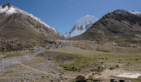 Day 1 of the kora: first sighting of the north face of Mount Kailash (2010)