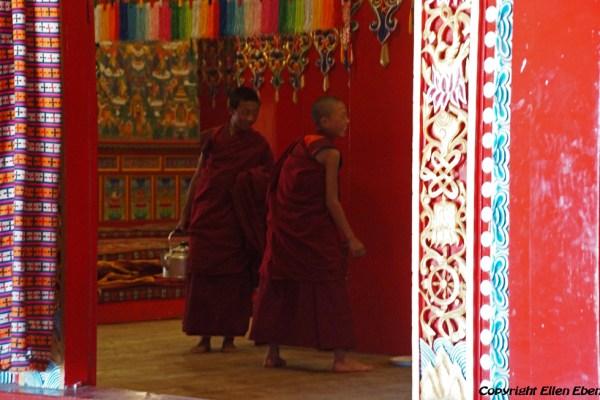 Monks at Dagzha Monastery at Zoige