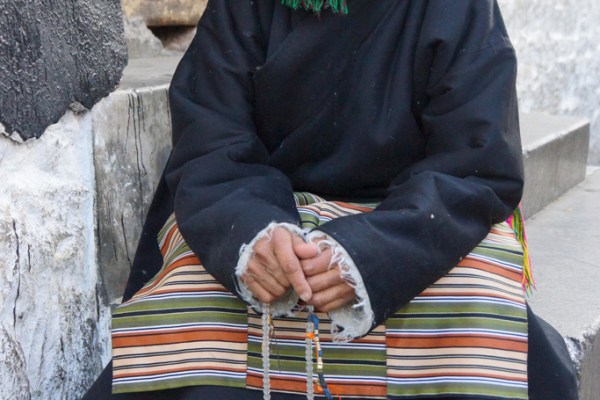 Lhasa, portrait of pilgrim at the Barkhor