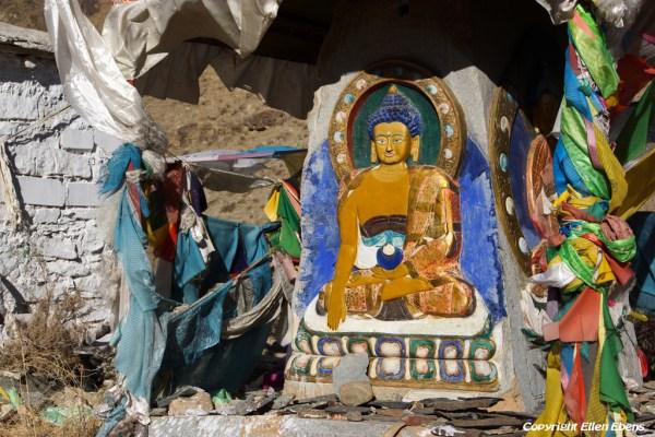 At Kamadang Temple