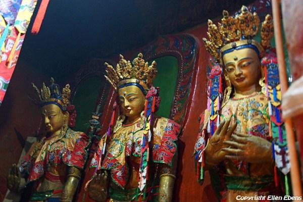 Statues at Shalu Monastery