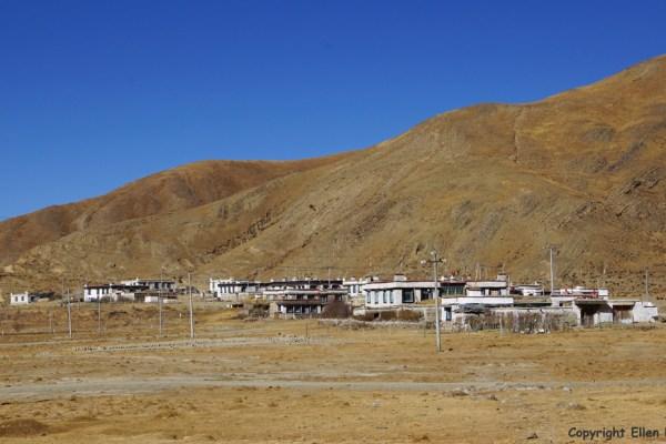 Village at Yamdrok Tso Lake