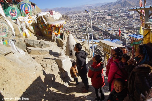 Pilgrims walking the kora at Tashilhunpo Monastery, Shigatse