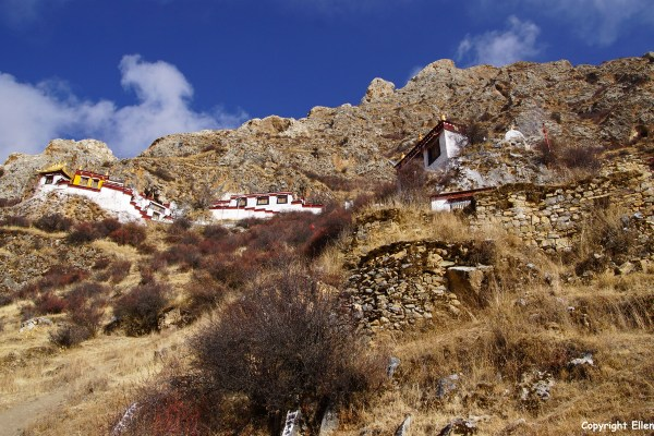 Drak Yerpa Meditation Caves