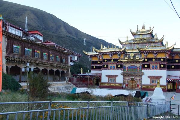 Zera Gompa Monastery above Xinlong
