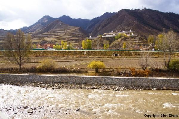 Landscape Xiahe to Hezuo