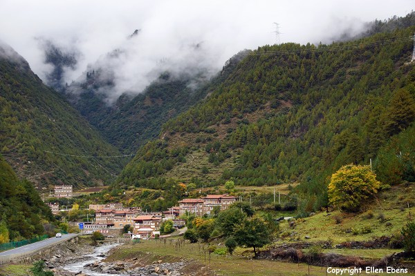 Tagong Litang village
