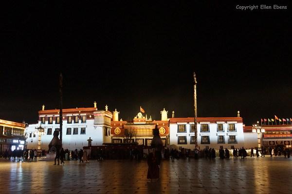 Lhasa, Jokhang Temple