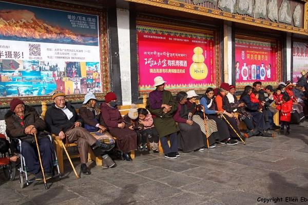 Lhasa pilgrims