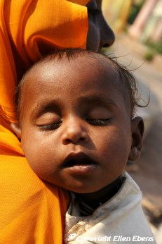 Sleeping baby, Orccha