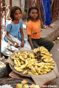 Young girls selling bananas on the street, Orccha