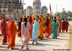 A procession of women, Orccha