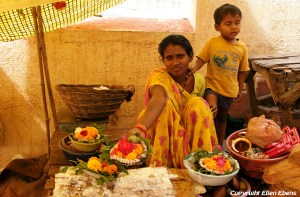 Omkareswar: who wants to buy flowers to offer in the temple?