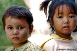 Young girls, Mingun