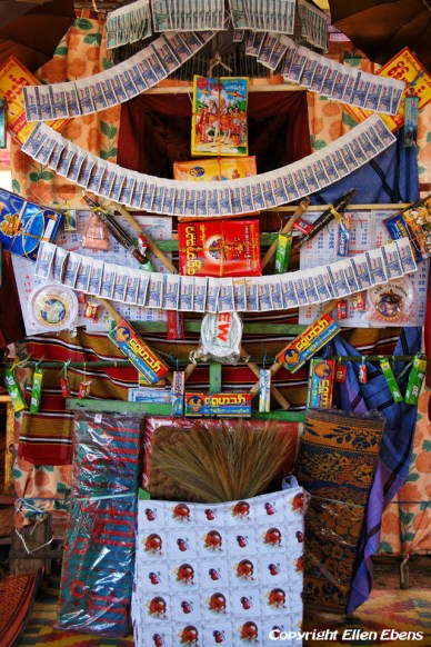Pindaya, altar in a private house made up for the New Moon Festival