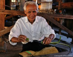 Inle lake, lotus fiber extraction at the little weaving factory