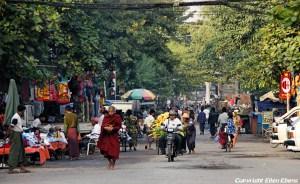 Mandalay, street life