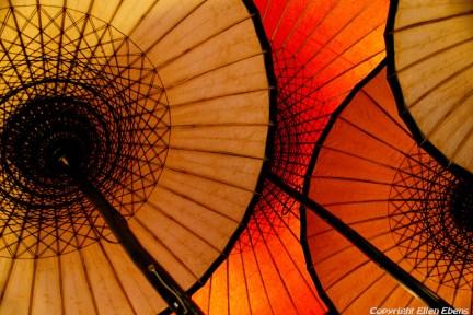 Bagan, paper umbrellas
